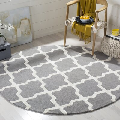 Parker Lane Hand-Tufted Gray/Ivory Area Rug Rug Size: Round 6 x 6
