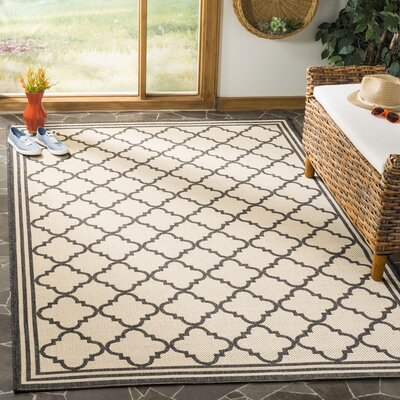 Sherell Creme/Black Area Rug Rug Size: Rectangle 4 x 6