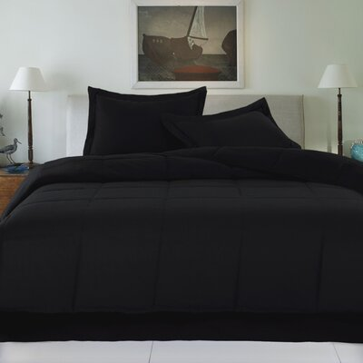Syracuse Comforter Color: Black, Size: King
