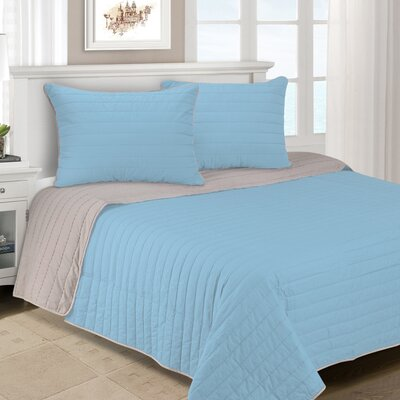 Lynnhaven 3 Piece Reversible Quilt Set Color: Light Blue