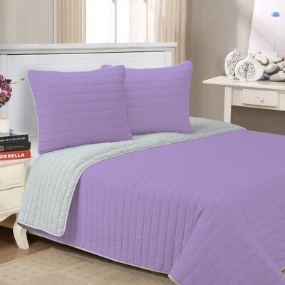 Lynnhaven 3 Piece Reversible Quilt Set Color: Lavender