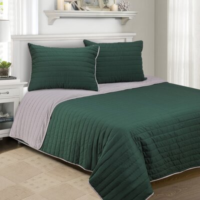 Lynnhaven 2 Piece Quilt Set Color: Hunter Green