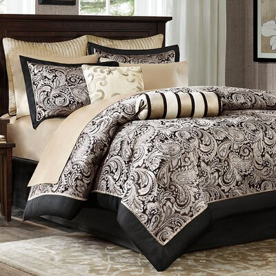 Pokanoket 200 Thread Count Comforter Set Color: Black/Gold, Size: Full