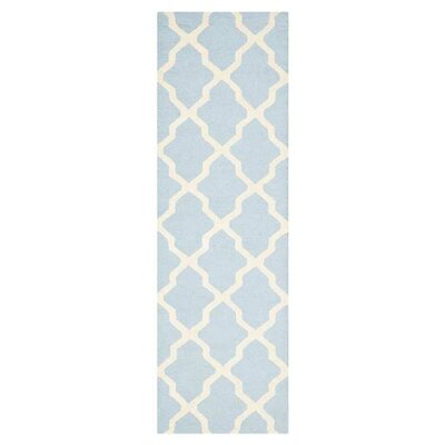 Sugar Pine Hand-Tufted Wool Blue/Ivory Area Rug Rug Size: Runner 26 x 18