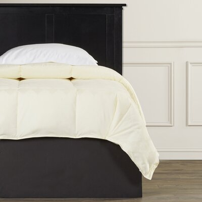 Oakley Down Alternative Comforter Color: Ivory, Size: King