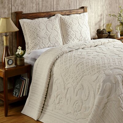 Kirkwall Bedspread Color: Ivory, Size: Queen