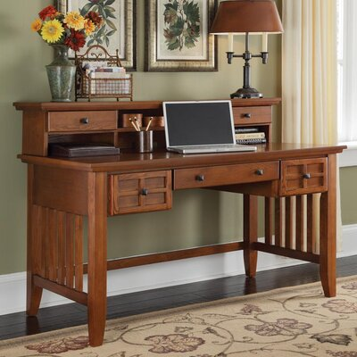 Lakeview Writing Desk with Hutch Finish: Cottage Oak