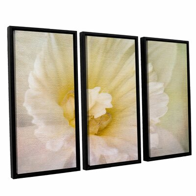 Daffodil Heart 3 Piece Framed Painting Print on Canvas Set