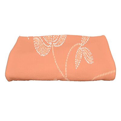 Maniteau Traditional Flower Bath Towel Color: Coral