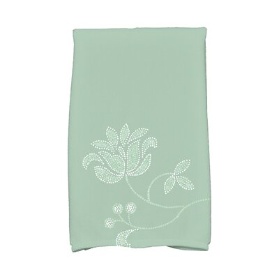 Maniteau Traditional Flower-Single Bloom Hand Towel Color: Green