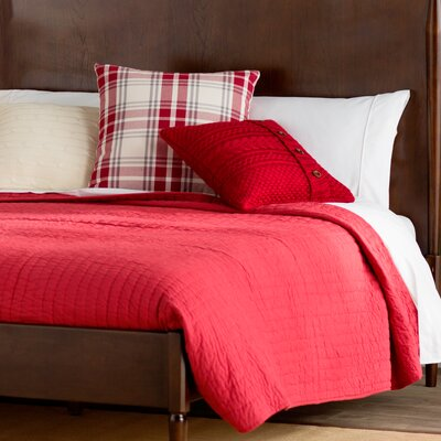 Hessville Cotton Quilt Color: Red, Size: Queen