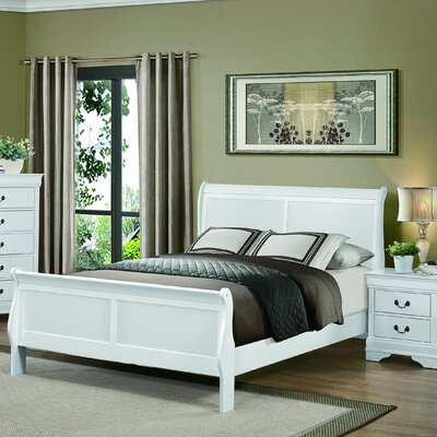 Waynesburg Sleigh Bed Color: White, Size: Queen