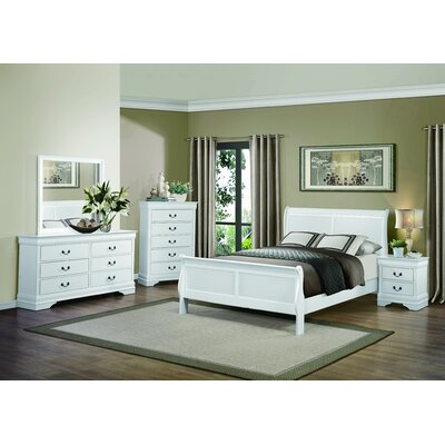 Waynesburg Panel Customizable Bedroom Set
