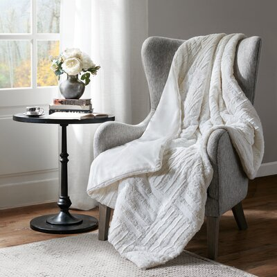 Larkin Ultra Plush Down Alternative Throw