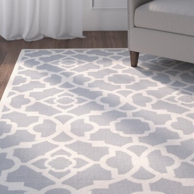 Kenton Gray/White Indoor/Outdoor Area Rug Rug Size: 53 x 75