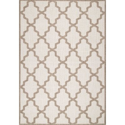 Sidell Area Rug Rug Size: 76 x 109
