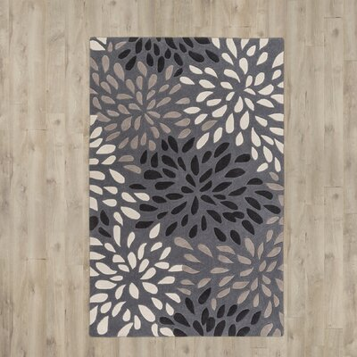 Carrie Hand-Tufted Gray Area Rug Rug Size: 5 x 8