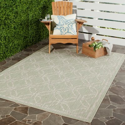Bexton Green/Gray Area Rug Rug Size: 67 x 96
