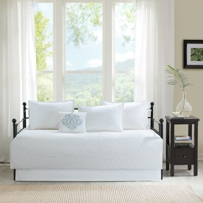 Emy 6 Piece Daybed Set Color: White