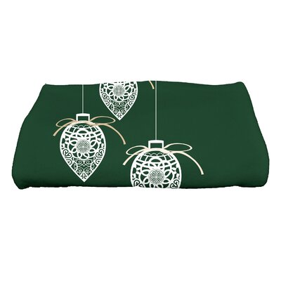 Filagree Ornaments Bath Towel Color: Green