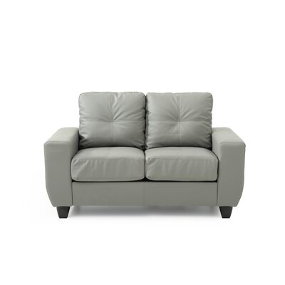 Muttontown Loveseat