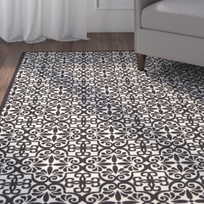 Sigel Black/White Indoor/Outdoor Area Rug