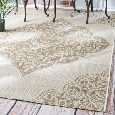 Shellenberger Taupe Indoor/Outdoor Area Rug Rug Size: Rectangle 86 x 122