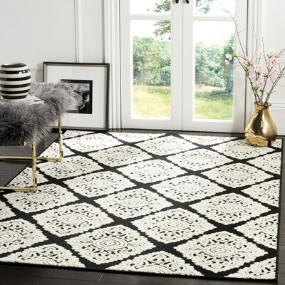 Mannox Black/Cream Indoor/Outdoor Area Rug Rug Size: Rectangle 9 x 12