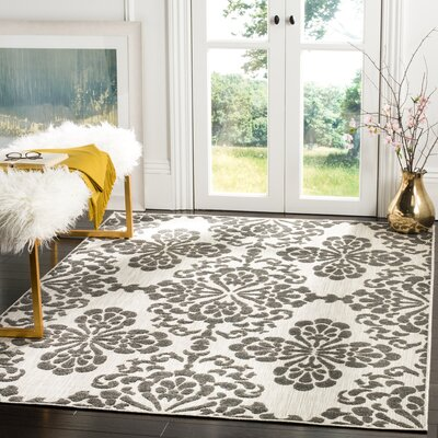 Mannox Cream & Gray Indoor/Outdoor Area Rug Rug Size: Rectangle 4 x 6