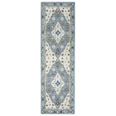 Gillison Hand-Tufted Ivory/Blue Area Rug Rug Size: Rectangle 10 x 14
