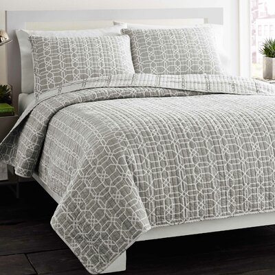 Pierce Coverlet Set Size: King