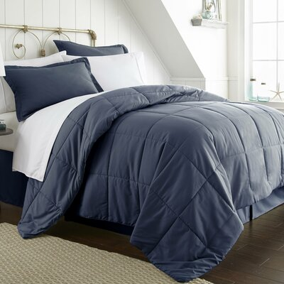 Roscoe Bed-In-A-Bag Set Color: Navy, Size: Twin