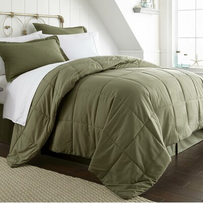 Roscoe Bed-In-A-Bag Set Color: Sage, Size: King