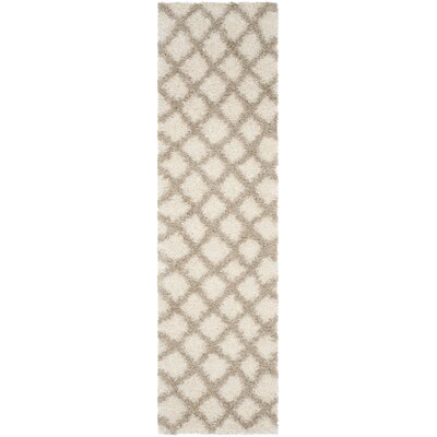 Knoxville Shag Beige/Ivory Area Rug Rug Size: Runner 23 x 8