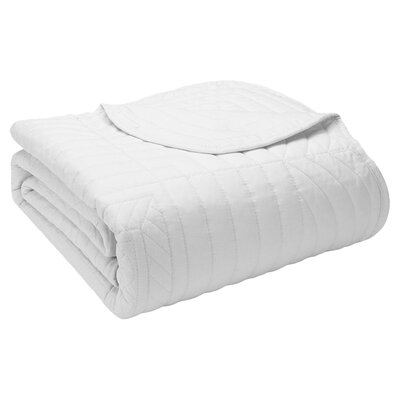 Calaw Quilted Throw Color: White