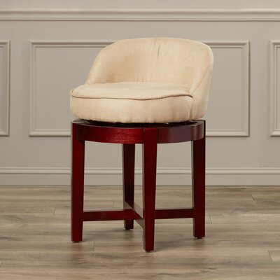 Strachleigh Swivel Chair