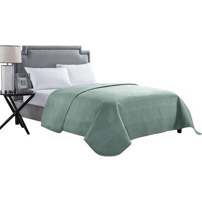 Mckenzie Quilt Color: Sage, Size: Full / Queen