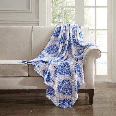 Folkerts Oversized Plush Throw Color: Indigo