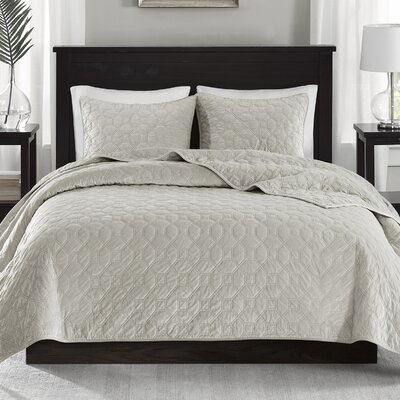 Bruggeman 3 Pieces Coverlet Set Size: Full/Queen, Color: Ivory