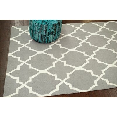 Nesmith Hand-Hooked Gray/Off-White Area Rug Rug Size: 5 x 8
