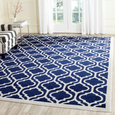 Carman Navy/Beige Indoor/Outdoor Area Rug Rug Size: Round 7