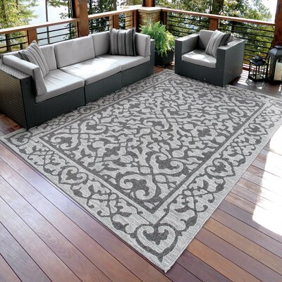 Ashton Charcoal/Gray Indoor/Outdoor Area Rug Rug Size: 51 x 76