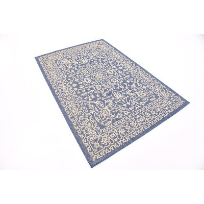 Apple Crest Blue Outdoor Area Rug Rug Size: Rectangle 4 x 6