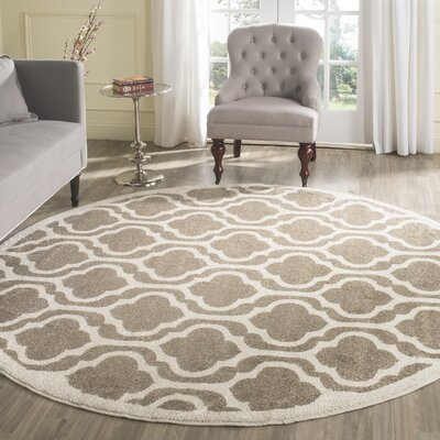 Carman Wheat/Beige Area Rug Rug Size: Round 7