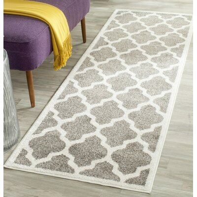 Carman Gray/Beige Indoor/Outdoor Area Rug Rug Size: 6 x 9
