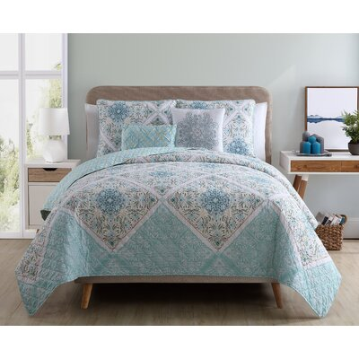 Nicholas Reversible Quilt Set Color: Aqua, Size: King