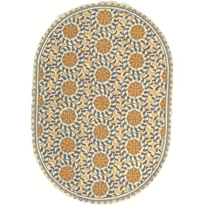 Helena Floral Area Rug Rug Size: Oval 46 x 66