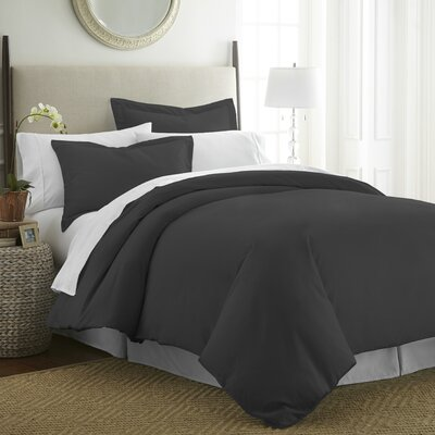 Moran Duvet Set Color: Black, Size: King