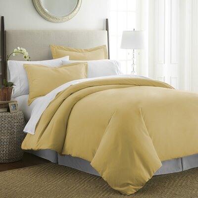 Moran Duvet Set Color: Gold, Size: Queen