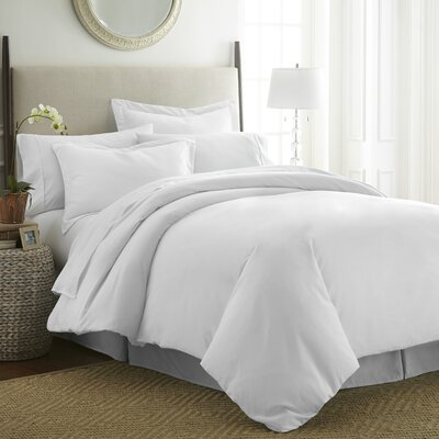 Moran Duvet Set Color: White, Size: Twin